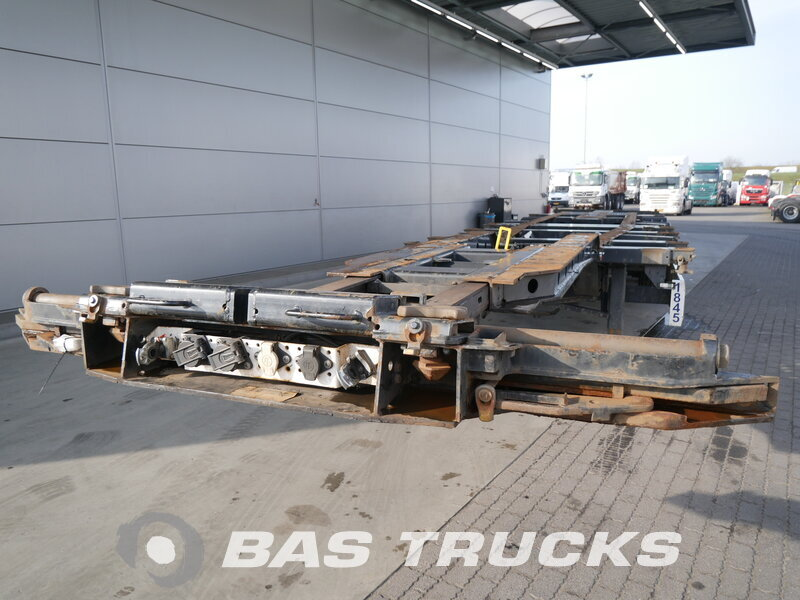 photo of Used Semi-trailer Krone 20 ft - 30 ft - 40 ft - 45 ft Axels 2011