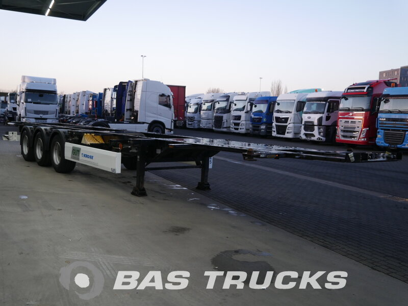 photo of Used Semi-trailer Krone 20 ft - 30 ft - 40 ft Axels 2011