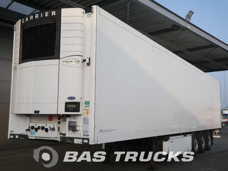 photo of Used Semi-trailer Krone Doppelstock Palettenkasten SD Axels 2011