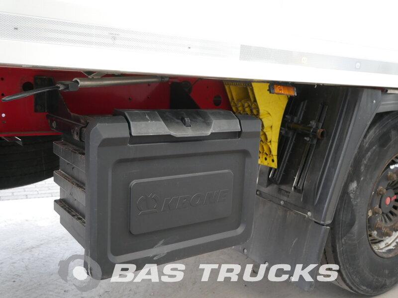 photo of Used Semi-trailer Krone Liftachse Palettenkasten SD Axels 2013