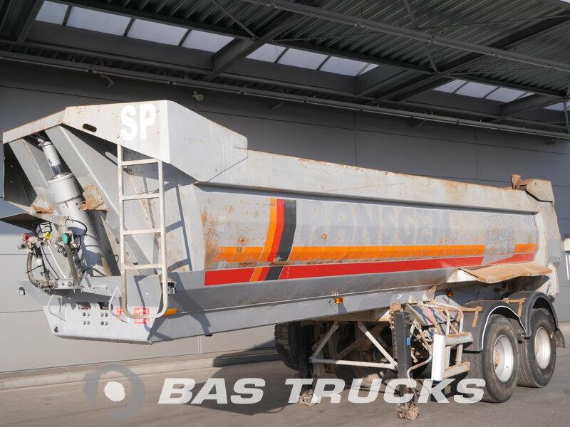 photo of Used Semi-trailer Robuste Kaiser 24m3 S3302V37 Axels 2004