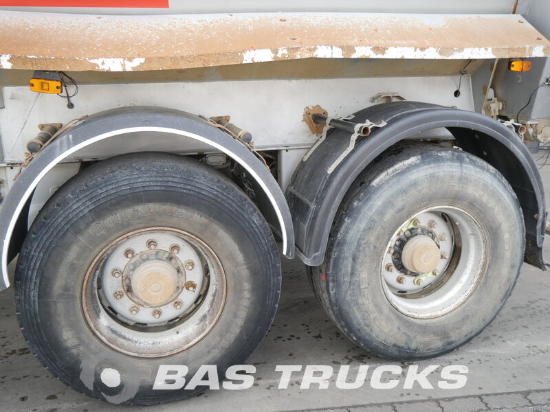 photo of Used Semi-trailer Robuste Kaiser 28m3 S3302V37 Axels 2008