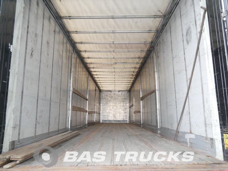 photo of Used Semi-trailer Samro Hartholz-Bodem ST39WH Axels 2004