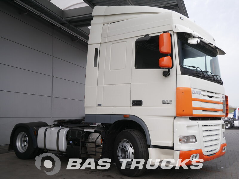 photo of Used Tractorhead DAF XF105.460 4X2 2010