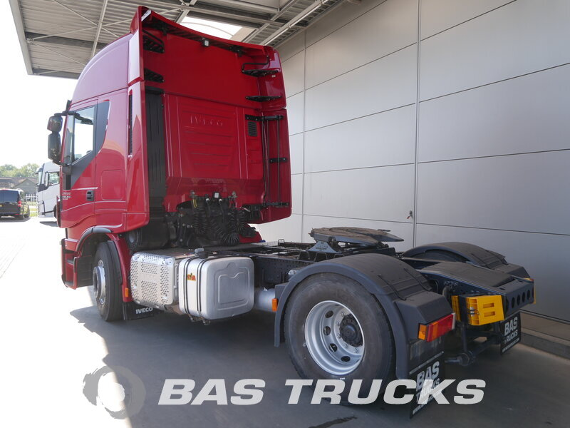 photo of Used Tractorhead IVECO Stralis Hi-Way AS440T50 4X2 2015