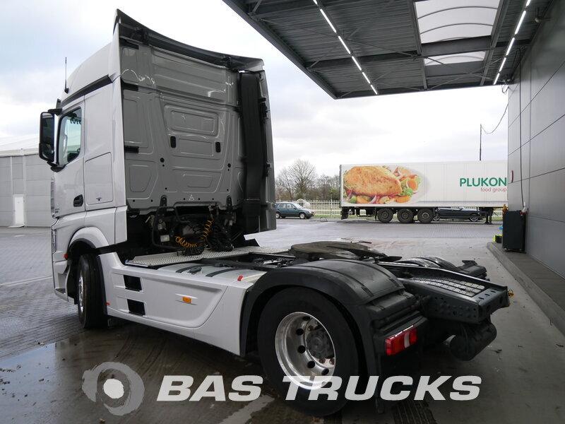 photo of Used Tractorhead Mercedes 1845 LS 4X2 2013