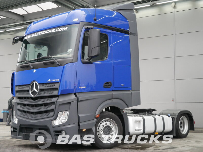 photo of Used Tractorhead Mercedes Actros 1842 LS 4X2 2014