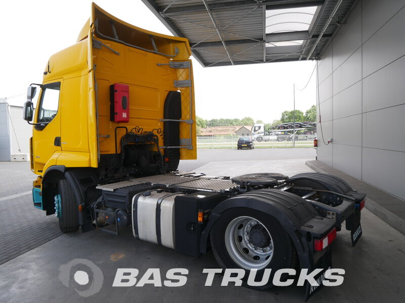 photo of Used Tractorhead Renault Premium 430 DXi Unfall 4X2 2012