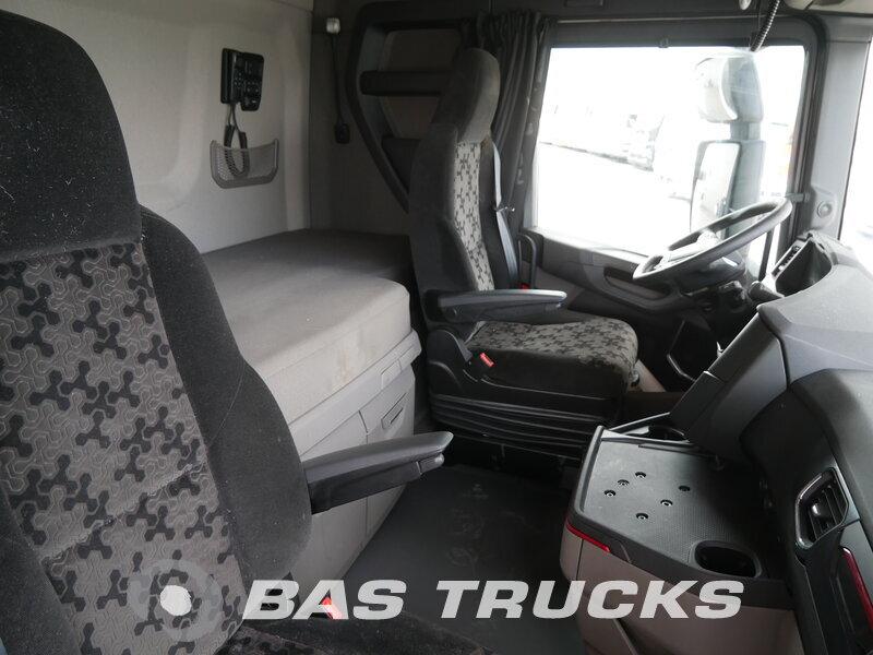 photo of Used Tractorhead Scania S520 V8 Unfall Fahrbahr 6X2 2017