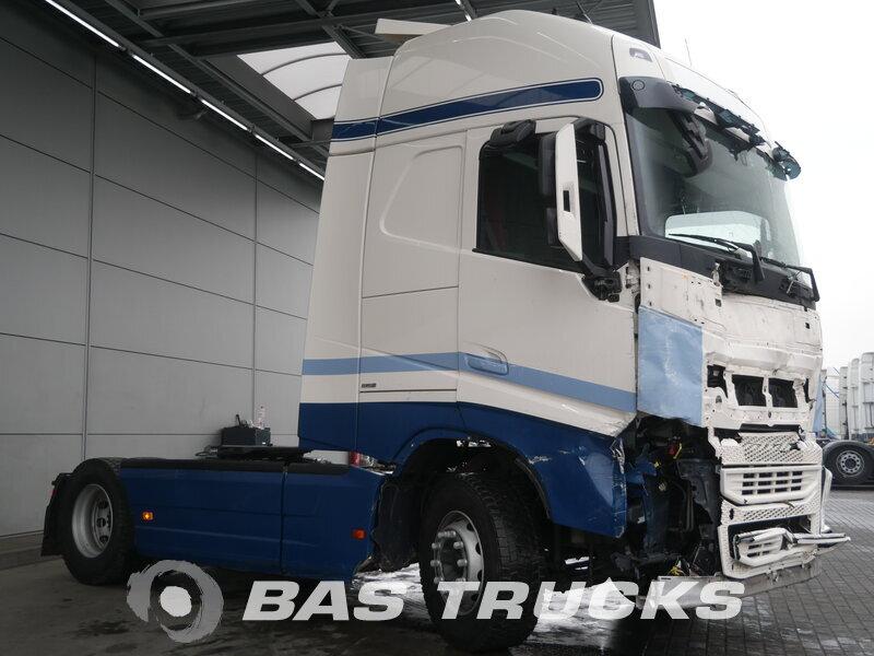 photo of Used Tractorhead Volvo FH 420 XL Unfall Fahrbereit 4X2 2015