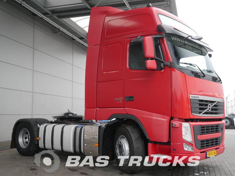 photo of Used Tractorhead Volvo FH 440 XL 4X2 2009