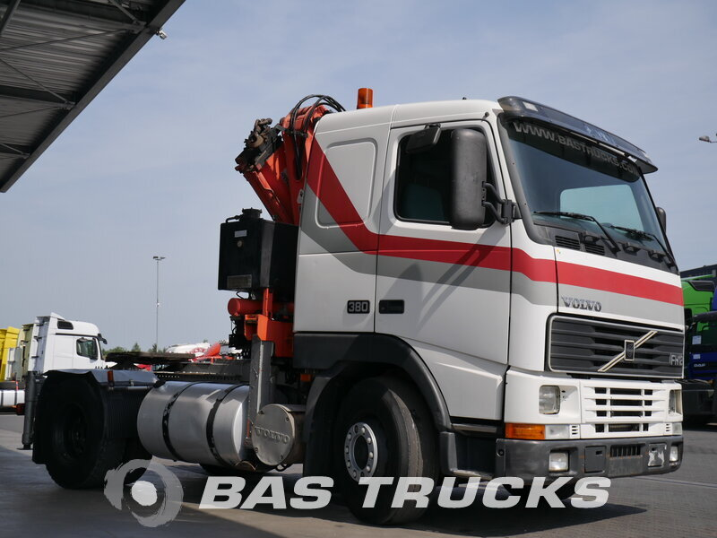 photo of Used Tractorhead Volvo FH12 380 4X2 1999