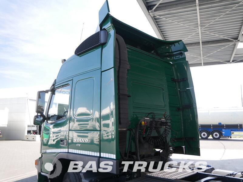 photo of Used Tractorhead Volvo FM 330 4X2 2010