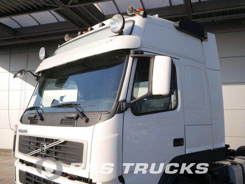 photo of Used Tractorhead Volvo FM 400 4X2 2009