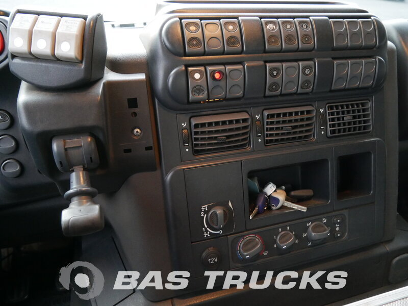 photo of Used Truck IVECO Trakker AD260T45 6X4 2009