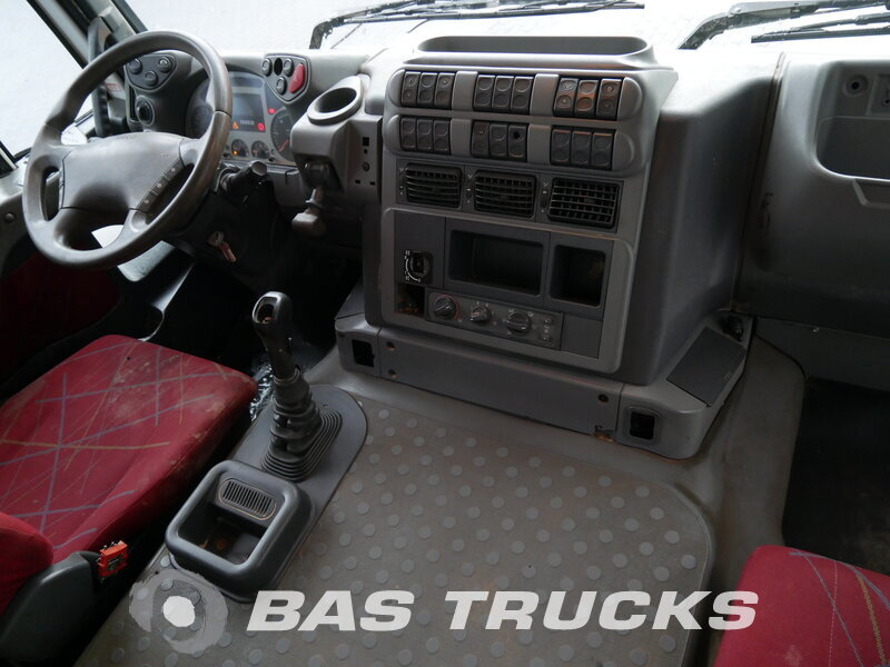 photo of Used Truck IVECO Trakker AD410T44 8X4 2008