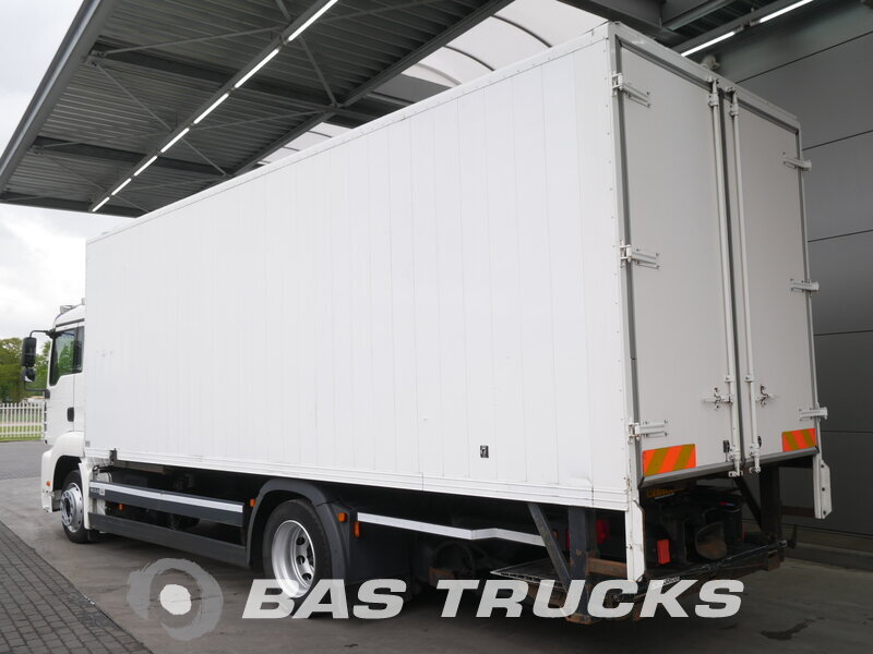 photo of Used Truck MAN TGA 18.320 M 4X2 2007