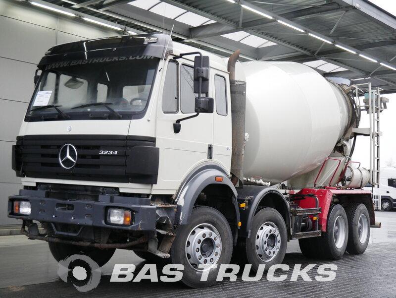 photo of Used Truck Mercedes 3234 B 8X4 2000