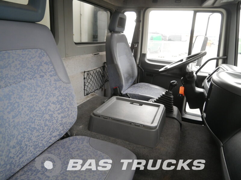 photo of Used Truck Volvo FL 220 4X2 2006