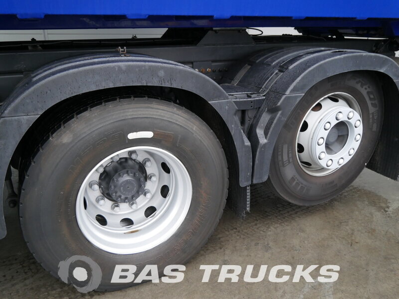 photo of Used Truck Volvo FM 330 RHD 6X2 2012